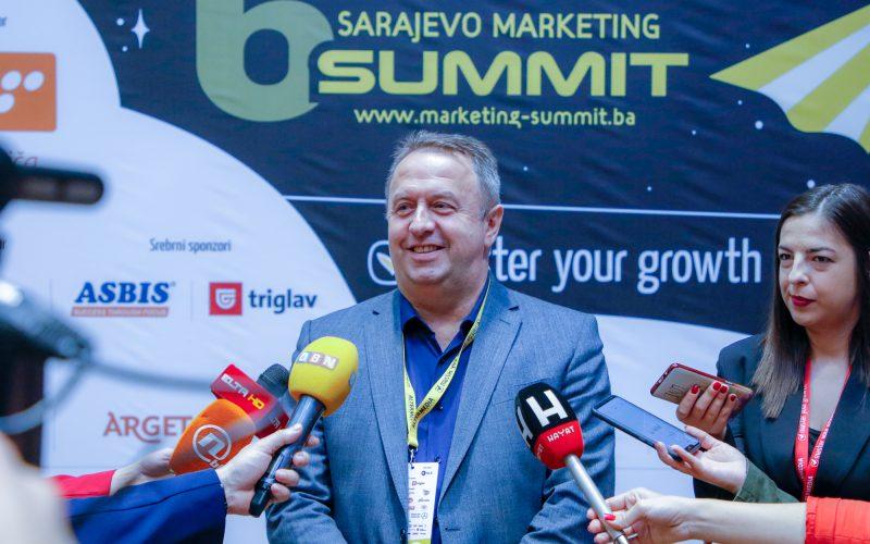 """Direktoru razvoja i marketinga AS Holdinga uručeno priznanje """"Marketing Superstar 2019"""""""